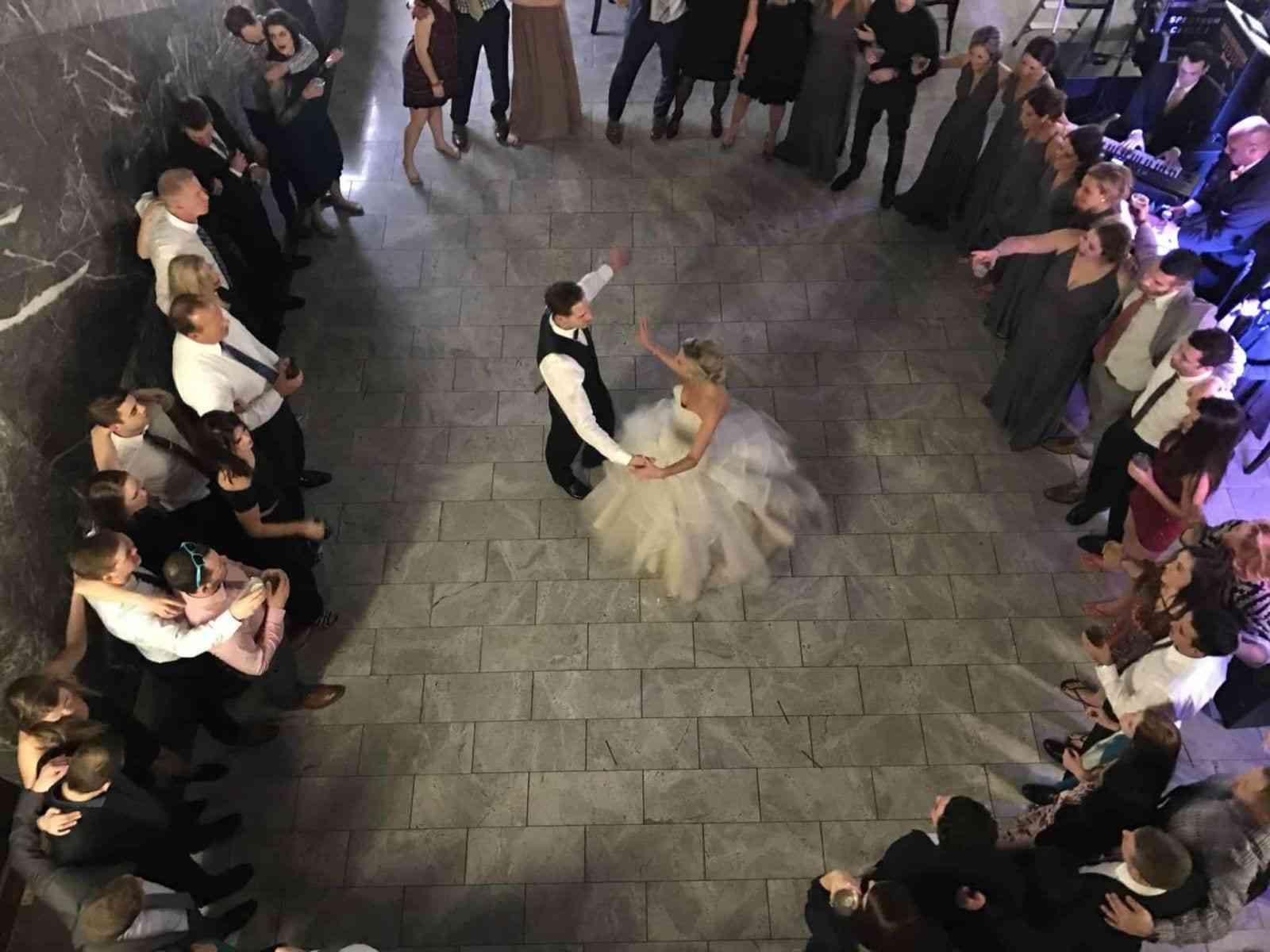 Dancing King and Queen