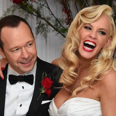 ST CHARLES, IL - AUGUST 31:  Donnie Wahlberg and Jenny McCarthy get married at Hotel Baker in St Charles, Illinois .(Photo by Brian Babineau/brianbabineau.com via Getty Images)
