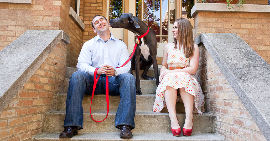 06-chicago-engagement-heatherparker-photos-at-home-with-your-pet
